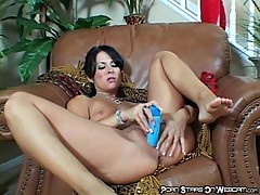 Chelsie Rae Plays With Her Sextoy
