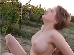 Cum thirsting bitch Jane Darling receives a rich load of coc...
